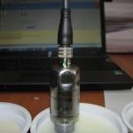 Работа датчика раздела фаз смеси жидкостей